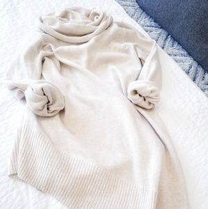 Sweaters - Oversized comfy  sweater top